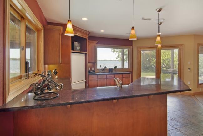 22620 Hayward Ave N, Forest Lake MN | MLS # 4153421 | Bar