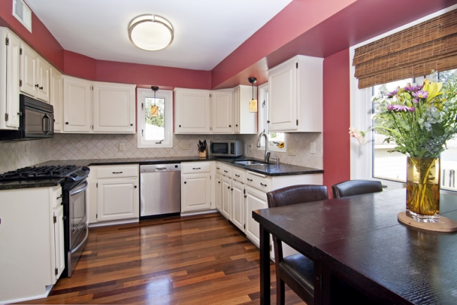 1617 Bohland Ave, St Paul   MLS # 4176454   Kitchen