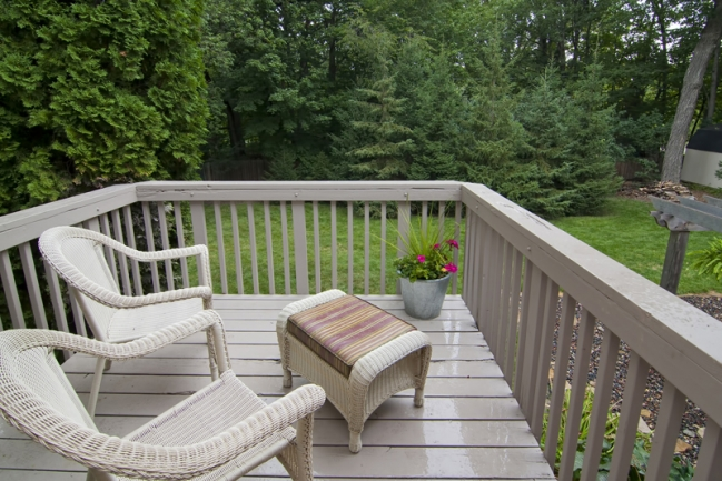 3554 Livingston Ave, Orono | MLS # 4185179 | Deck off master
